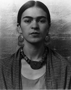 Group f.64 – Imogen Cunningham, Frida Kahlo, Painter, 1931 - Frida-Kahlo-Painter-1931Imogen_Cunningham_Frida_Kahlo