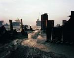 Edward Burtynsky - Shipbreaking #13 Chittagong, Bangladesh, 2000 © Edward Burtynsky