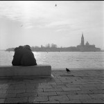 Carlo Guarrasi - Lovers and Pingeons - Ilford HP5 - Venice