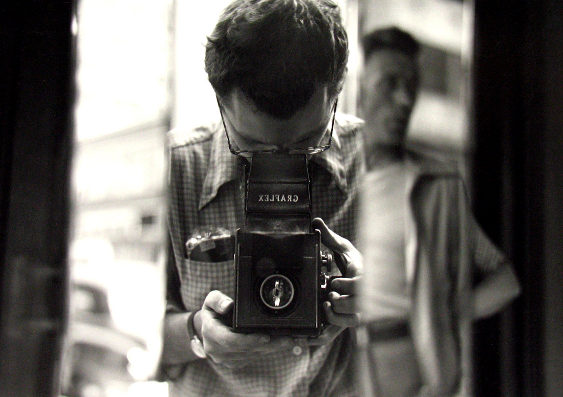 Saul Leiter - Untitled,1950 Self Portrait © Saul Leiter