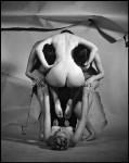 Philippe Halsman - Women skull © Philippe Halsman
