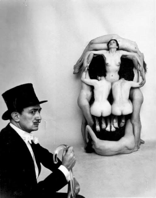 salvador-dali-women-skull Philippe Halsman