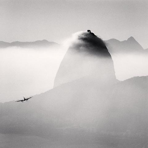 Michael Kenna - Plane and Sugar Loaf Mountain, Rio de Janeiro, Brazil. 2006 © Michael Kenna