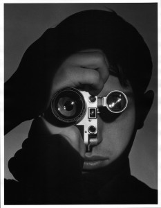 Andrea Feininger - The Photojournalist' (1951) © Andrea Feininger Courtesy of ATLAS Gallery