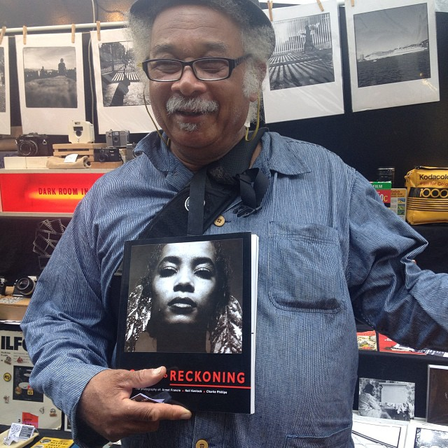 Look who paid us a visit at the stall, Mr Charlie Phillips, who moved from Jamaica to Notting Hill in 1956. At the age of 11 he was given a Kodak Brownie and started snapping and he has documented such scenes as the first Notting Hill Carnival and many Jamaican Funerals. Watch out for his up and coming show at the Photofusion gallery in November! #Filmsnotdead #Kodak
