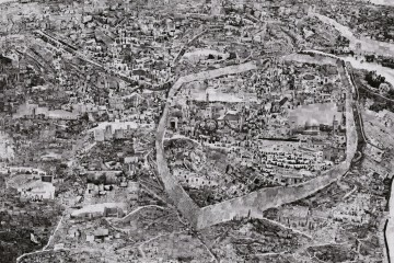 Diorama Map Jerusalem, 2012 – 2013 © Sohei Nishino, Courtesy Michael Hoppen Gallery