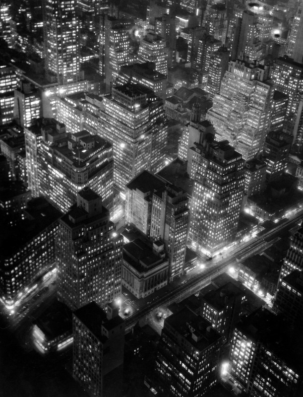 Nightview, New York 1932 ©Estate of Berenice Abbott/Getty Images. Image courtesy of Beetles+Huxley