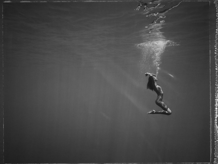 Floating Bits: Underwater Large Format photography