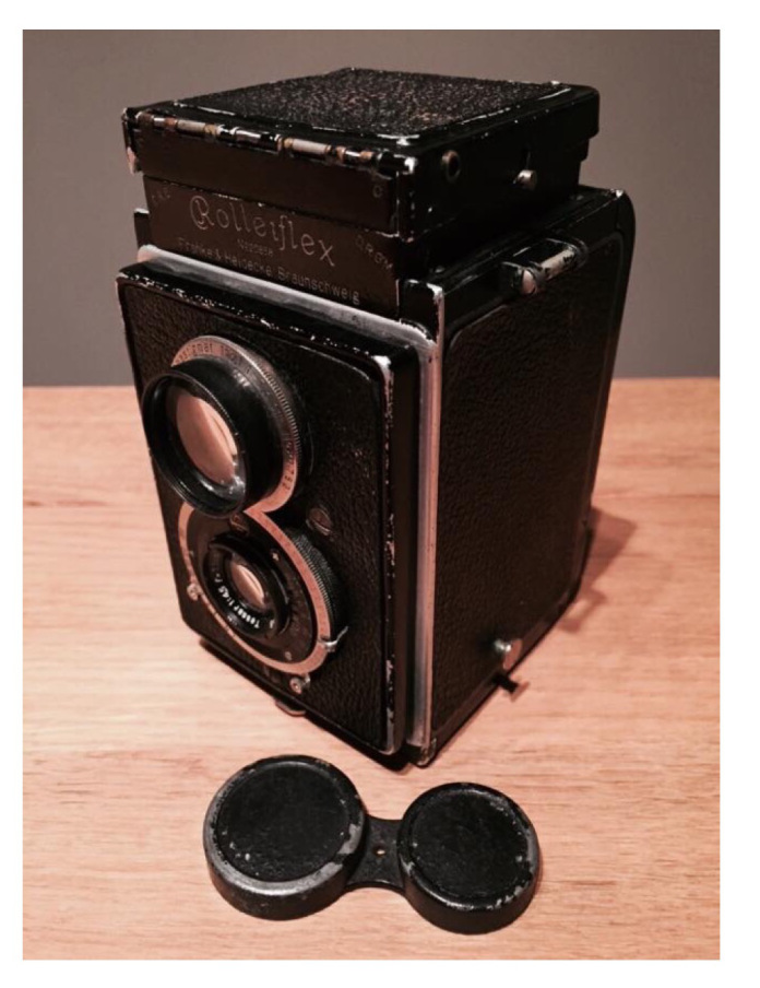 So, you want to buy a TLR Rolleiflex? Good choice! - Martin Reekie image6 Cameras